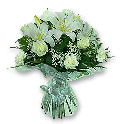 Bouquet of lilies, roses and carnations