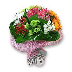 Букет из альстромерий, гербер, хризантем