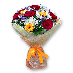 Букет из роз, хризантем, гербер