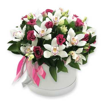 Орхидеи с лизиантусами в коробке
