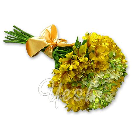 Букет из белых и желтых альстромерий