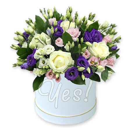 Roses and lisianthus in box