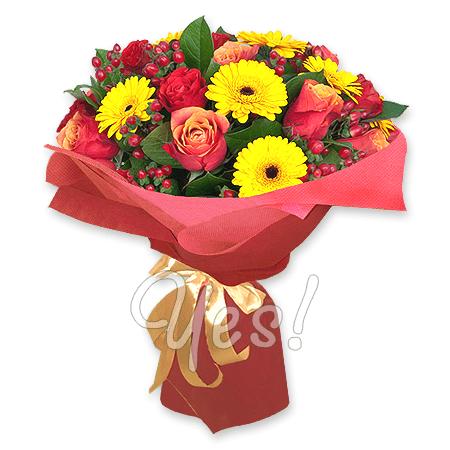 Букет из роз, гербер, гиперикума в Киеве