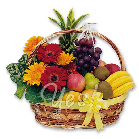 Корзина с фруктами и цветами в Бишкеке